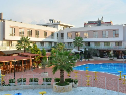Te Stela Resort 4*